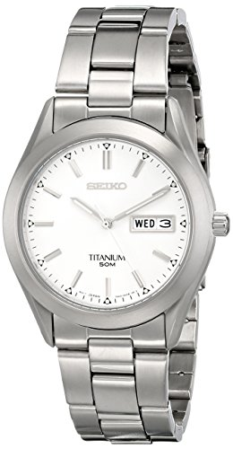 Seiko Men's SGG705 Titanium Bracelet Watch ()