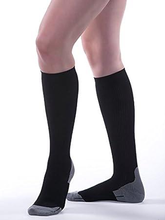 77277537bd Amazon.com: Allegro 15-20mmHg Athletic 387 Recovery Compression Sock ...