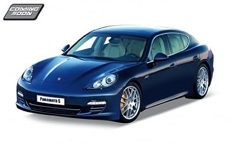 Attirant Porsche Panamera S Blue 1:24 Diecast Model Car By Welly