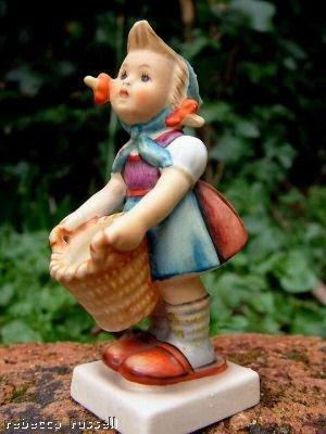c1957 Goebel & Hummel 73 Little Helper Figurine