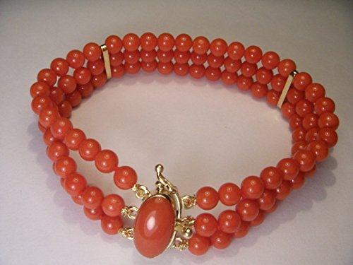 - Fabulous Designer Estate 18K Yellow Gold Red Undyed Coral Three-Strand Bracelet Clasp