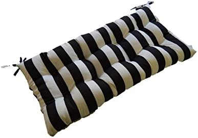 Amazon.com: Blanco y Negro Stripe interior/exterior Tufted ...