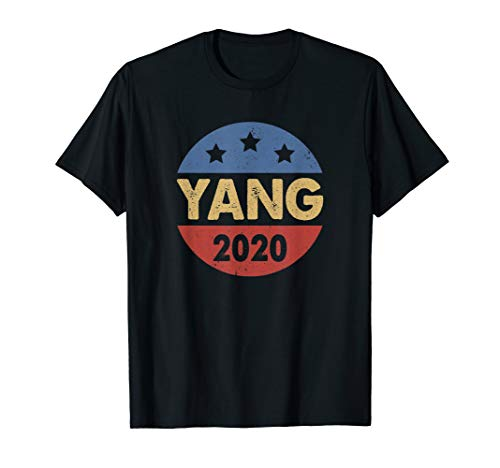 (Distressed Vintage Button Andrew Yang 2020 President T-Shirt)
