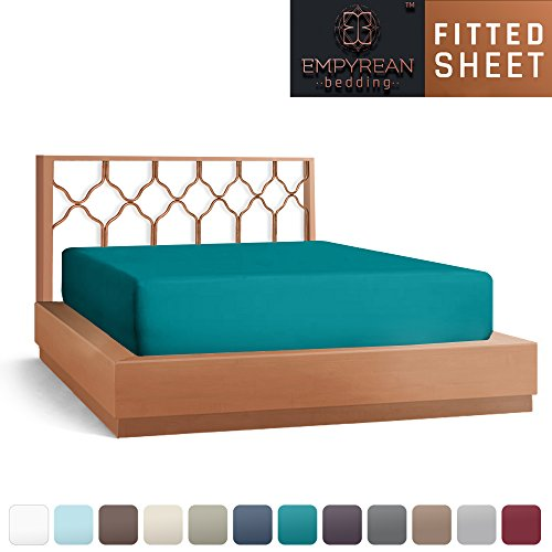 Premium Fitted Sheet - Luxurious & Soft Queen Size Fitted Teal Blue Sheets, Hypoallergenic Bedroom Essentials - The Only Extra Deep Pocket Super Fit Fitted Sheet with Smart Corner Straps