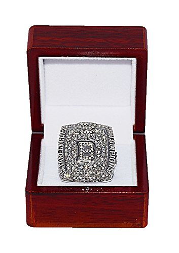 BOSTON BRUINS (Zdeno Chara) 2011 STANLEY CUP FINALS WORLD CHAMPIONS Rare & Collectible Replica National Hockey League Silver NHL Championship Ring with Cherrywood Display Box