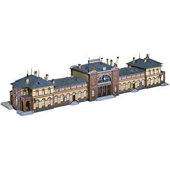 Amazon.com: Faller 222127 Station Hall N Scale Building Kit ...