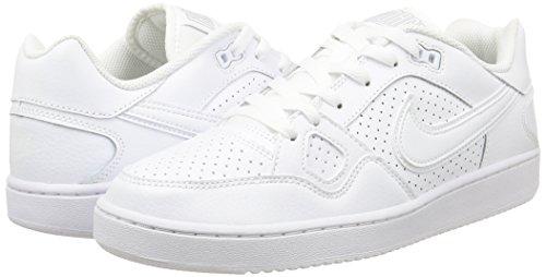 NIKE Women's 616775 Ankle-High Cross Trainer Shoe
