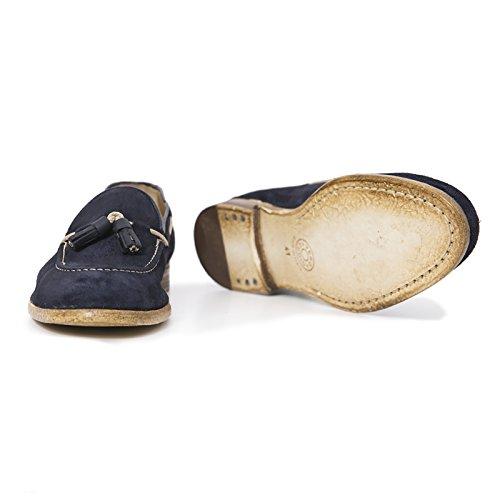 Mocassino uomo in pelle scamosciata con Nappine Scarpe Artigianali Uomo di colore blu scuro Calzature italiane Leather Loafers Made in Italy