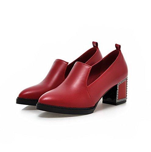 AllhqFashion Damen PU Leder Mittler Absatz Rund Zehe Rein Ziehen auf Pumps Schuhe Rot