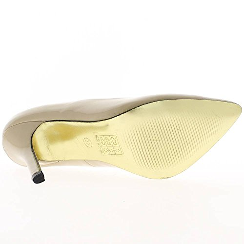Vernice pompe beige nudo ha sottolineato tacco 10,5 cm