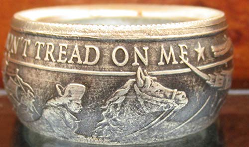 (Don't tread on me coin ring. Made from pure .999 silver American Revolution coin (Can be engraved))