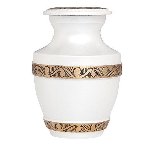 3 urns - 8