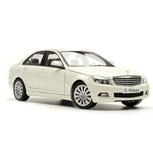 2008 mercedes benz c class diecast model car 1 18 scale by autoart white 76262. Black Bedroom Furniture Sets. Home Design Ideas