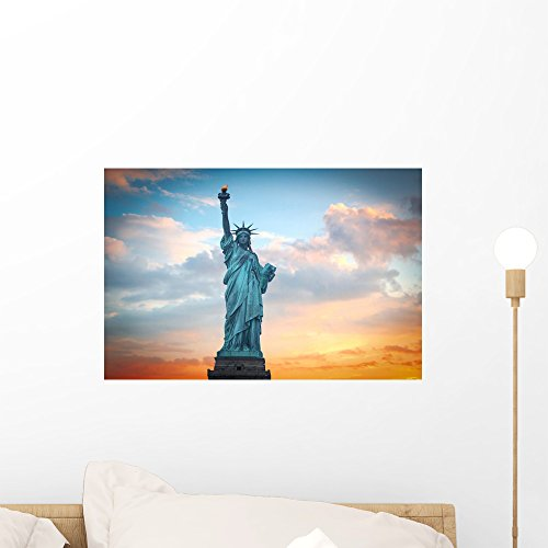 (Wallmonkeys Statue Liberty Wall Mural Peel and Stick Vinyl Graphic (18 in W x 12 in H) WM368264)