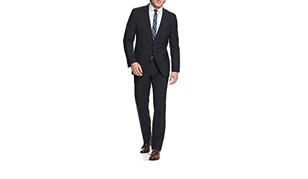 c1593b2f0 Hugo Boss Aamon Hago Dark Blue Solid Two Button Wool New Men's Suit (42R  36W): Amazon.ca: Clothing & Accessories