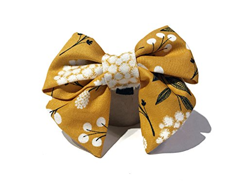 (Very Vintage Design Dog Cat Collar Bow Tie Marigold Fields Shabby Chic Gold Yellow Gray White Girly Floral Flowers Hand Crafted Collection Organic Cotton Personalized Adjustable Pet Bowtie)