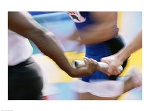 Mitte Schnittansicht Läufer Austausch Staffelstab an einem Staffellauf Poster...