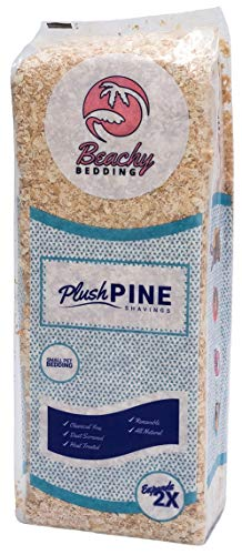 Beachy Bedding Plush Pine Pet Bedding - 1300 cu.in. Expanded