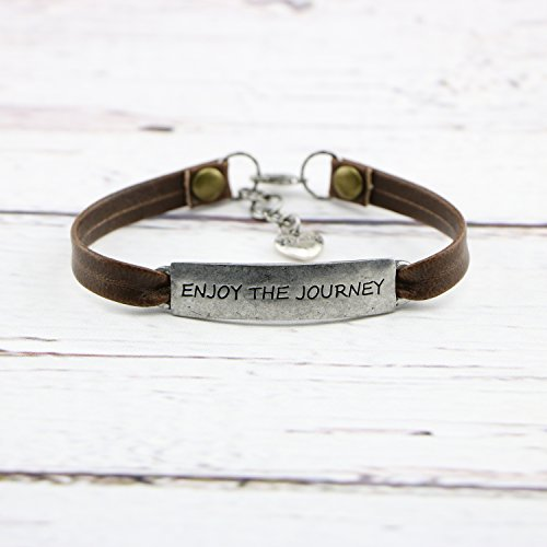 Graduational Gift Leather Bracelet Travel Saying Engraved Senier Jewellery Enjoy the Journey