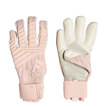 84929a76bce1 Amazon.com   adidas Predator PRO Goalkeeper Gloves   Sports   Outdoors