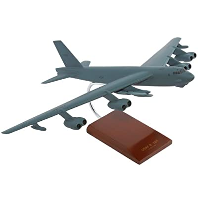 B-52H Stratofortress - 1/100 scale model