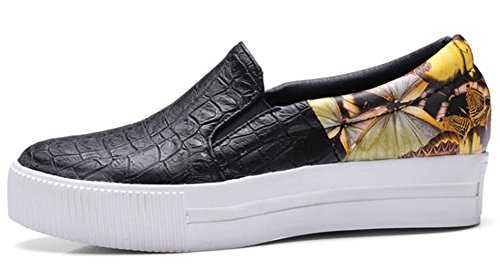 Idifu Vrouwen Unieke Graffiti Slip Op Lage Hakken Wedge Platform Sneakers Zwart