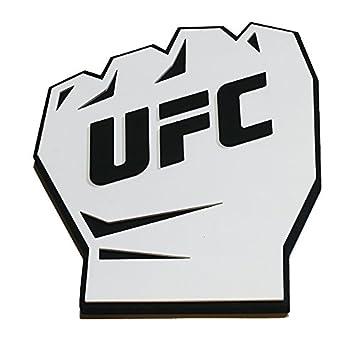 Correct ufc fist