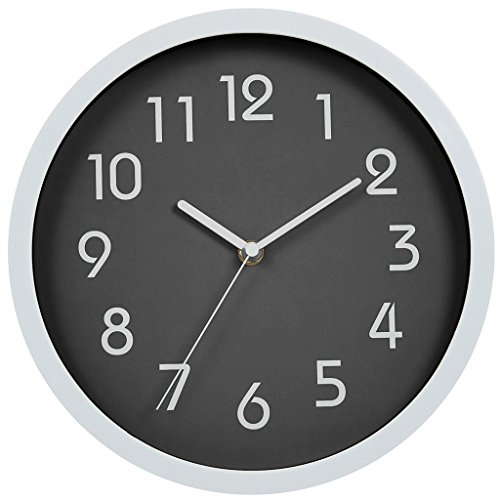 FAMICOZY Wall Clock No Ticking Sweep Movement Silent Quartz Clock Battery Operated Gray 10 inch