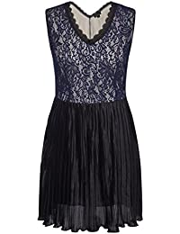 Chicwe Women's Full Lined Scalloped V Neck Floral Lace...