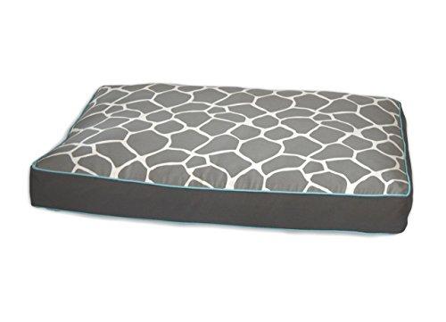 Giraffe Memory Foam Topper Pet Bed Size: Medium (36'' L x 27'' W), Color: Gray by EZ Living Home