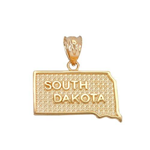 (South Dakota SD State Map Charm Pendant in 14k Yellow Gold)