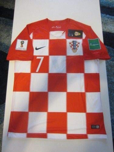 8cae7bb9f37 Amazon.com : Dri-FIT Ivan RAKITIC #7 Croatia HNS Hrvatska 2018 FIFA World  Cup Large Red and White Home Jersey Patches : Clothing
