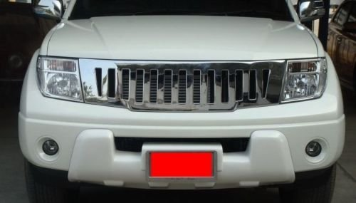 Nissan Frontier Navara D40 05-09 Front Head Chrome Grid Grill Grille by NISSAN