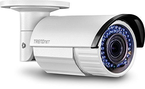 TRENDnet Indoor/Outdoor Bullet Style 2 Megapixel 1080p Varifocal PoE IR Network Camera, IP66 Rated Housing, Adjustable Lens, Manual Zoom, Digital WDR, TV-IP340PI ()