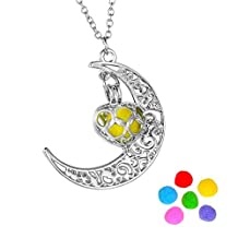 HooAMI Moon Heart Aromatherapy Essential Oil Diffuser Necklace Pendant Locket Jewelry