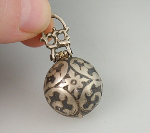 Islamic Antique (Antique Islamic Niello Silver Orb Snuff Pill Box 51324)