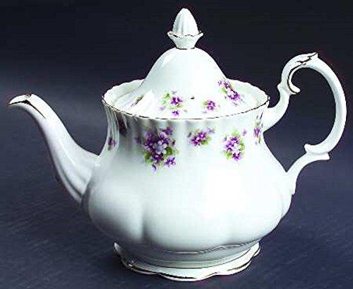ROYAL ALBERT SWEET VIOLET LARGE TEA POT (NEW, NEVER USED. MADE IN (Royal Albert Sweet Violets)