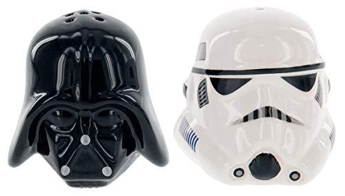 lt and Pepper Shakers - Darth Vader & Stormtrooper - Take your Meals to the Darkside! ()