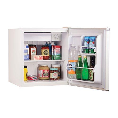 BLACK+DECKER BCRK17W Compact Refrigerator image 4