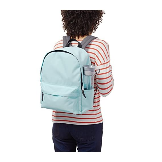 AmazonBasics Classic Backpack 6 Lightweight, durable backpack featuring adjustable padded shoulder straps and convenient side water bottle pockets Locker loop at top Large main compartment with double-zipper closure and small front pocket with zip closure