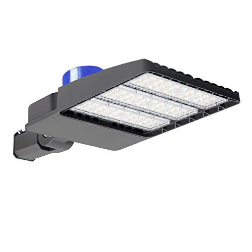 200W LED Parking Lot Lights - 26000LM Daylight 5000K LED Shoebox Pole Light (with Photocell), Waterproof IP65, LED Street Light Lamp for Commercial Area Street Security Lighting Fixture ()