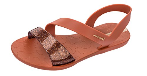 ae1e3c3917fd Ipanema Women s Vibe Sandal Heel Strap Shimmer Detail No Toe Post   Amazon.co.uk  Clothing