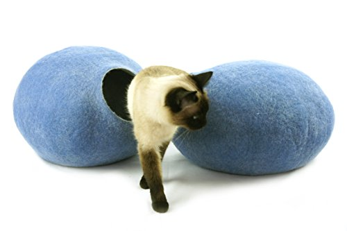 Kivikis Cat Bed, House, Cave, Nap Cocoon, Igloo, 100% Handmade from Sheep Wool Size: Medium, M for 4-6 kg (9-13 pounds) cat. (M for 4-6 kg (9-12 pounds) cat, Sky Blue) Review