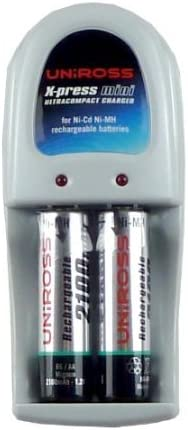 UNIROSS USB AAA BATTERY CHARGER& 2 x