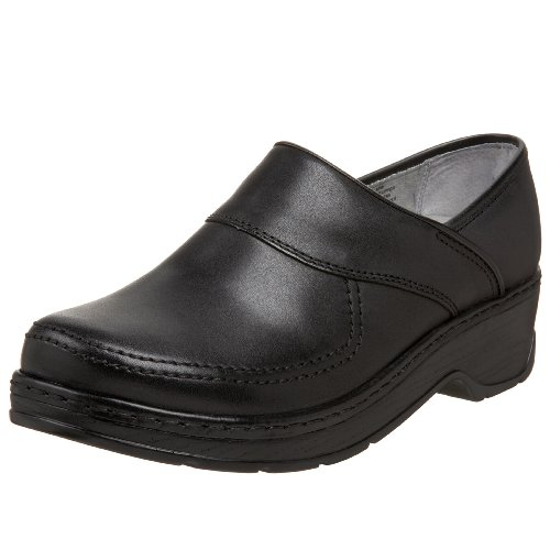 Klogs USA Women's Sonora Closed Back Clog,Black Smooth,7 M US by Klogs