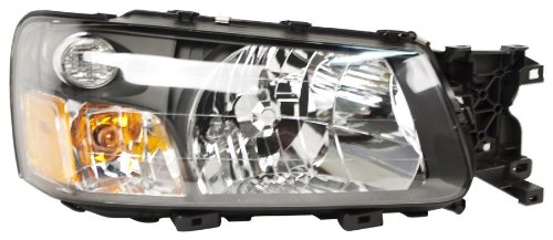 OE Replacement Subaru Forester Passenger Side Headlight Assembly Composite (Partslink Number SU2503111) (Headlight Subaru Replacement Forester)