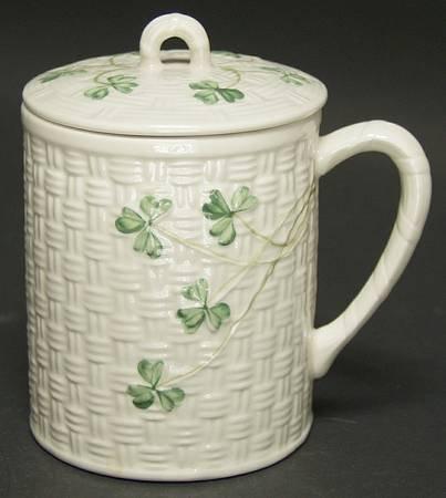 Belleek Pottery (Ireland) Shamrock Mug \u0026 Lid Fine China Dinnerware & Amazon.com : Belleek Pottery (Ireland) Shamrock Mug \u0026 Lid Fine ...