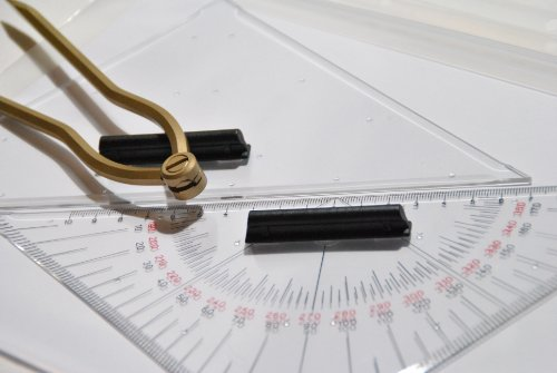 Navigationsset Navigationsbesteck mit Messingzirkel gebogen