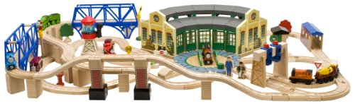 Thomas & Friends Wooden Railway - Tidmouth Sheds Deluxe Set ...