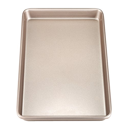 (Chef Made 2018 Chefmade 17-Inch Rimmed Baking Non-Stick Carbon Steel Cookie Sheet Pan, Fda Approved for Oven Roasting Meat Bread Jelly Roll Battenberg Pizzas Pa, 17 X 12 Inch, Champagne Gold)